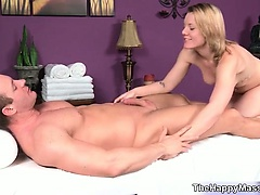 Blonde babe goes crazy jerking