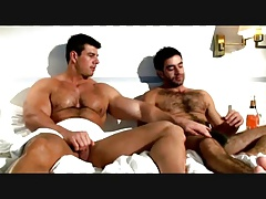 Zeb Atlas & Theo Constantine (''Berlin Erotic Encounter'')