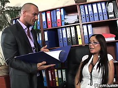 Dream secretary Angelica Heart sucks off and fucks her bold