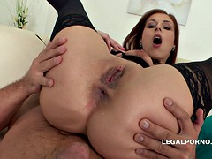 Adorable redhead likes the cum on her face after fucking