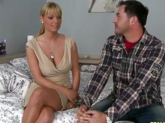 Hot guy James Brossman sure knows how to seduce such awesome babes like Shelia Grant and