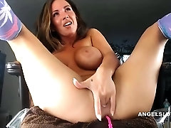 Milf Hooker Playing With Her Tight Twat