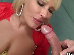 Blonde mom cheats on husband