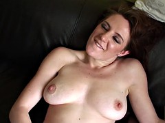 Skank enjoy licking her juices off couch