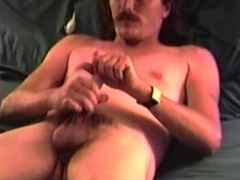 Mature Amateur Johnboy Beating Off