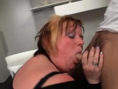 Plumper bitch fucks a stranger