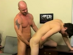 Hugh gay twinks First he gets the messenger to gargle his