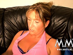 German mature housewife loves to fuck