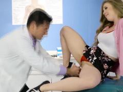 Doctors hard cock makes Lenas pussy cum