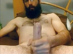 Bearded Str8 Daddy cums on cam #66