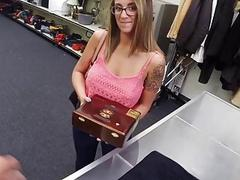 Sexy latina gives sex for money