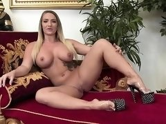 Samantha Faye likes to get fucked