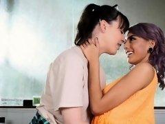 Dana begins feeling a lesbian attraction toward Janice
